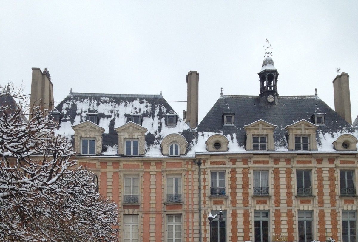 Place de Vosges - Winter